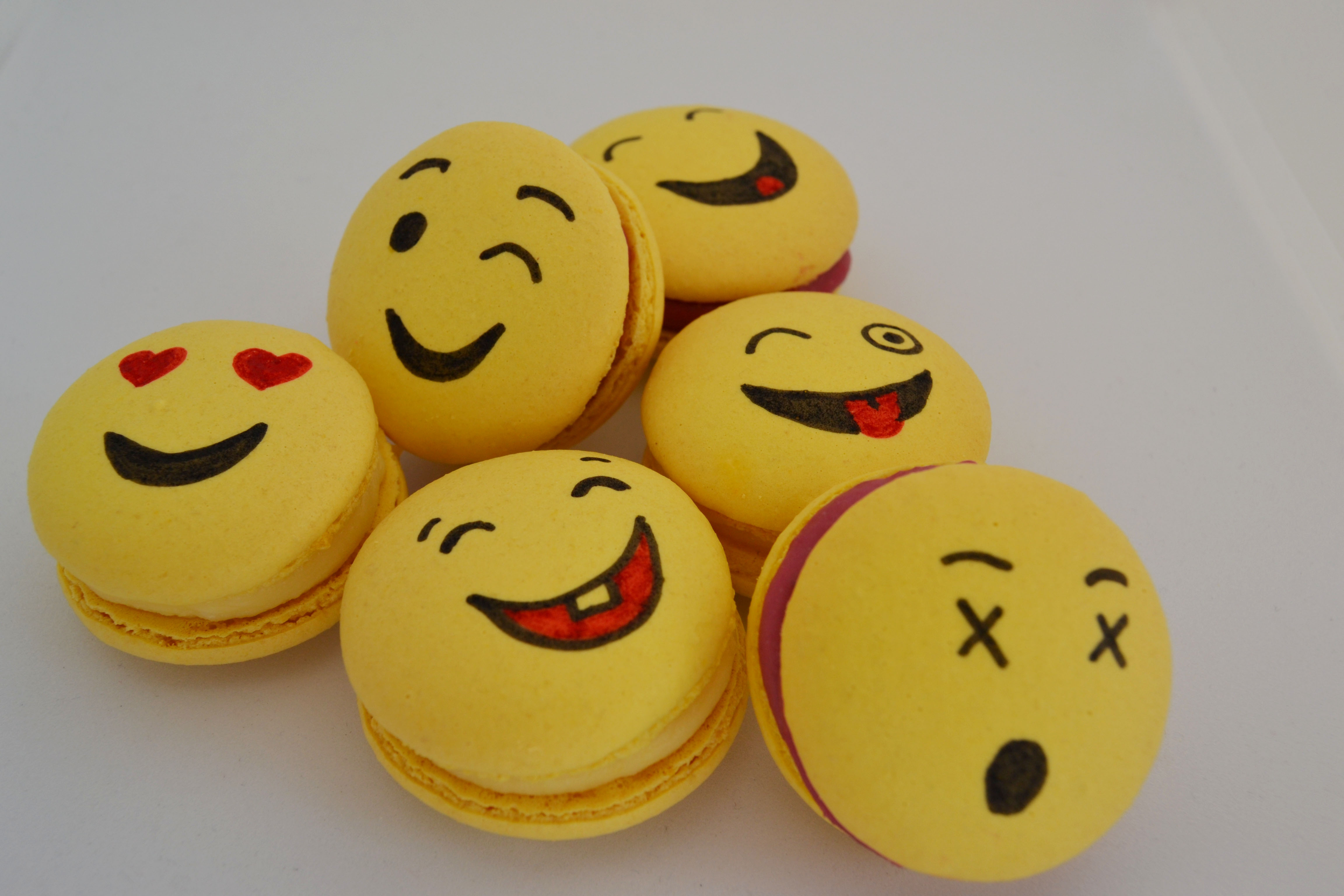 Emoji Macarons 6 Macarons French Macarons Weddings Events Special Occasions Wholesale